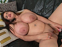 Big Fat Tits on Hottie Haydee Rodriguez Get a Rub Down