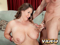 Sink Into 38h Tits Of Nikki Smith