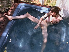 Hot Tubbing With Lillian Faye